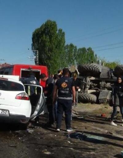 Erciş'te kaza: 1'i çocuk, 3 kişi öldü, 4 yaralı