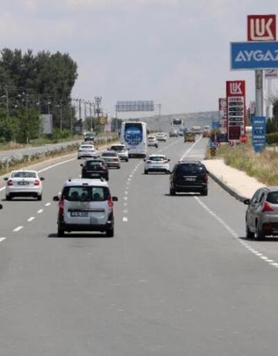 Edirne'de bayram dönüşü trafik yoğunluğu