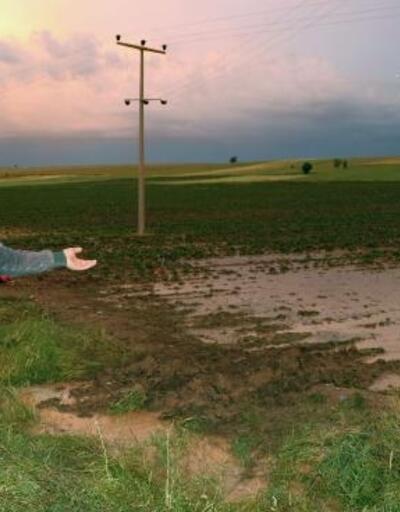 Sandıklı'da dolu ve sel, tarım arazilerine ve evlere zarar verdi