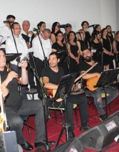Milli mücadelenin 100'üncü yıl dönümü için halk müziği konseri