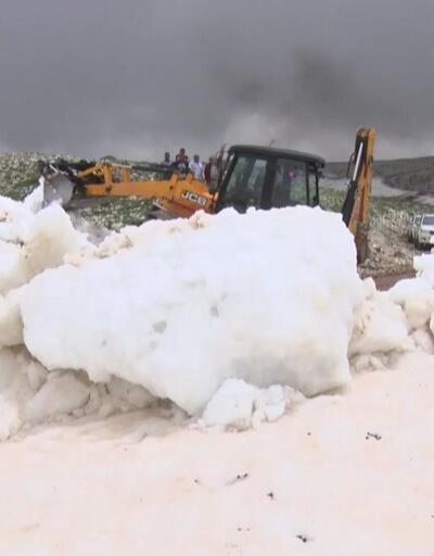 Toroslar'da karda mahsur kalan Yörükler kurtarıldı