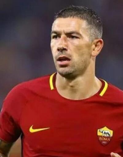Fenerbahçe transfer haberleri... Kolarov İstanbul'a geliyor