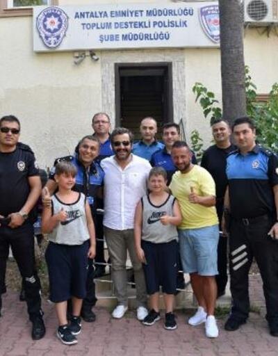 Alman polis ve oğullarından polise ziyaret