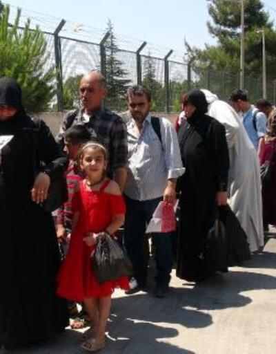 Suriyelilerin Öncüpınar'dan bayram dönüşü sürüyor