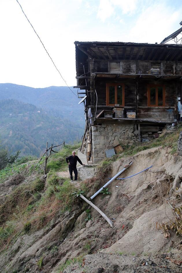 Evi yıkılma tehdidi altındaki Rizeli: 'Nereye gidelim?'