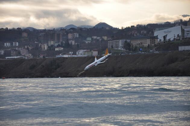 Trabzon'da pistten çıkan uçağın pilotu o anları anlattı