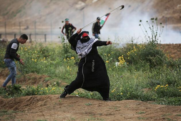 İsrail askerlerinden Filistin'deki barışçıl yürüyüşe saldırı: 4 ölü, 316 yaralı