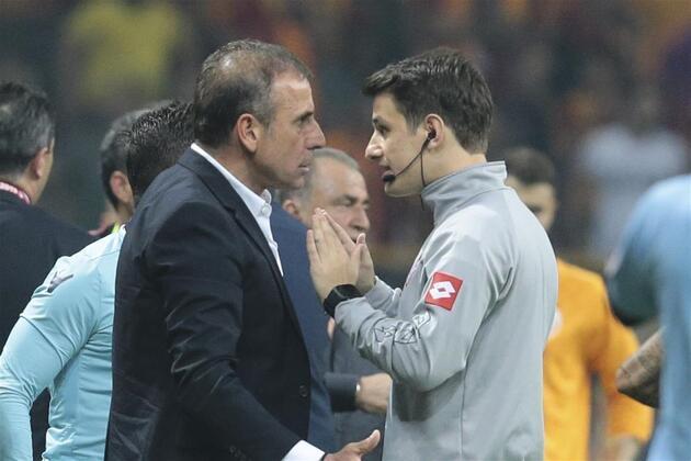 Galatasaray-Başakşehir maçında gergin anlar