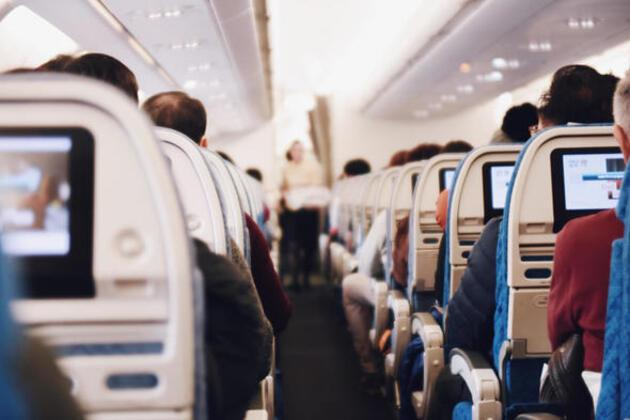 Uçak yolculuğu yapacaklar dikkat! Telefonlar uçuş moduna geçtiği an...