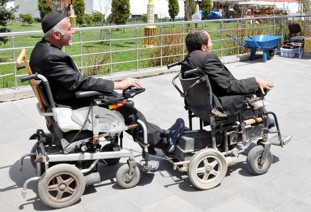 Yolda engelli dayanışması