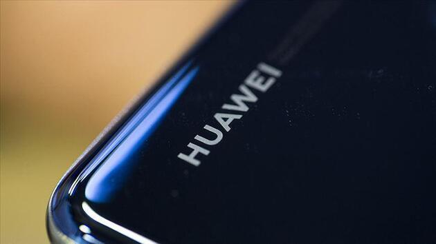 Huawei'ye bir kötü haber daha! Facebook, WhatsApp ve Instagram yüklenemeyecek!