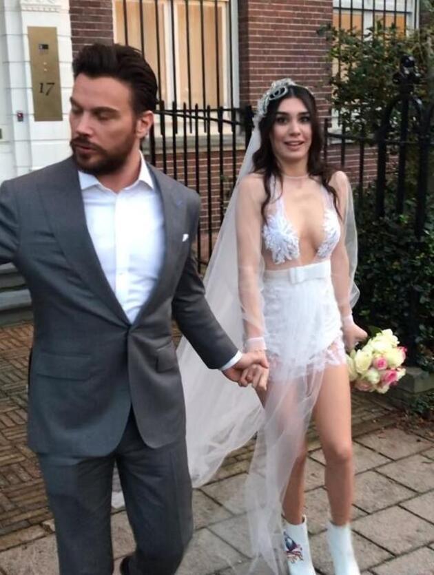 Sinan Akçıl'dan Burcu Kıratlı'ya romantik yorum