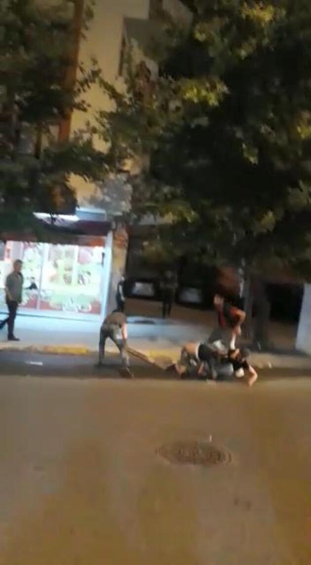 Esenyurt'ta iki ailenin kavgasında kalaslar kullanıldı