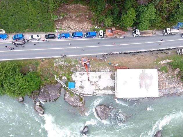 Fırtına Vadisi'nde kaçak yapı yıkımları sürüyor