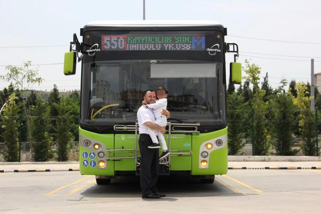 Halk otobüsü şoföründen örnek davranış
