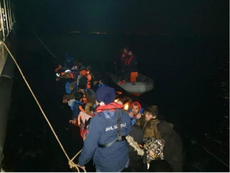 Enez'de, lastik botta 39 kaçak göçmen yakalandı