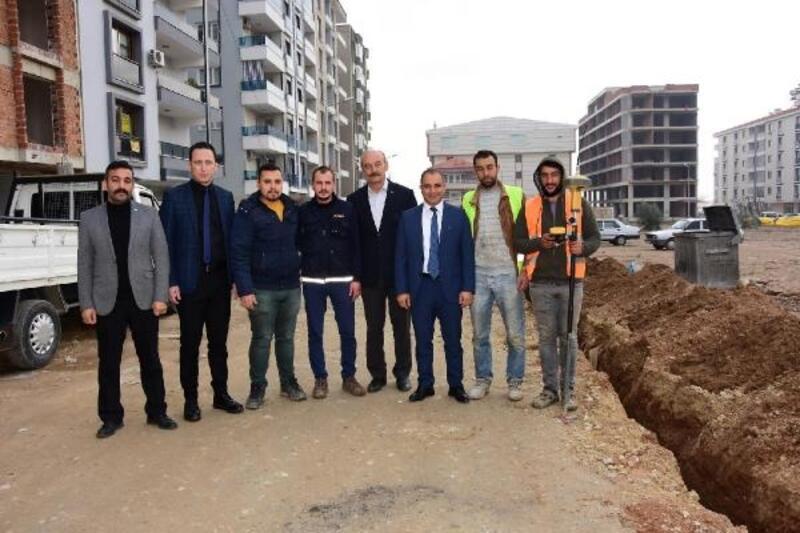 Alaşehir'e doğalgaz boruları döşeniyor