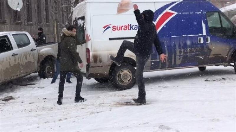 Kars'ta buz kazaları