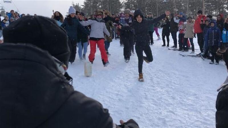 Sarıkamış Kış Oyunları Festivali'nde renkli görüntüler