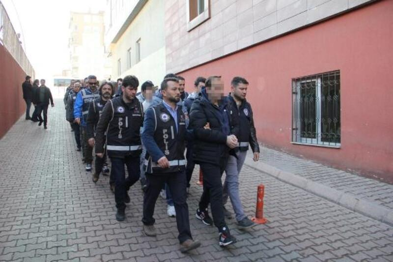 4adf9065e5b84 Kayseri'de hileli senet çetesine 8 tutuklama - Kayseri Haber