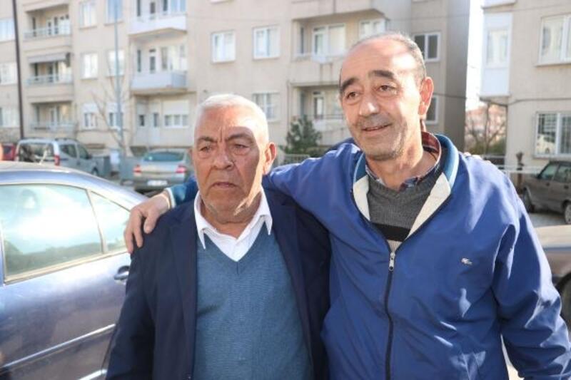 Sandıklı'da eşit oy nedeniyle 2 köy ve 1 mahallede muhtarlar kurayla belirlendi