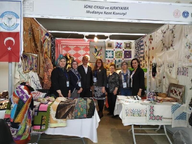 Mudanyalı kadınların el emeği ürünleri Bursa'da ilgi gördü