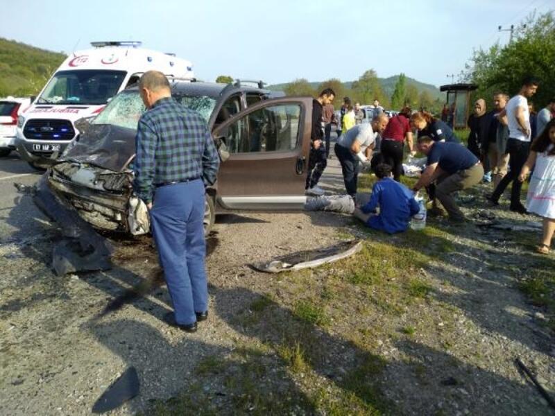 Zonguldak'ta kaza: 1 ölü, 4 yaralı