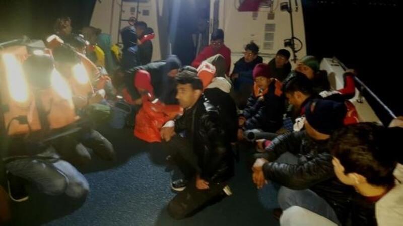 Çanakkale'de 15'i çocuk 30 kaçak yakalandı