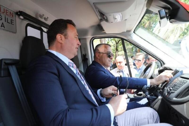 Kırklareli'ne gönderilen 6 ambulansın teslim töreni gerçekleşti