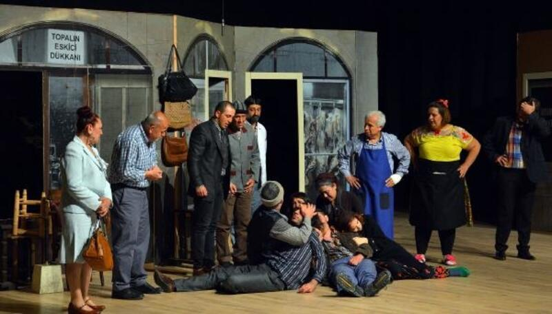 Kumluca'da tiyatro şöleni
