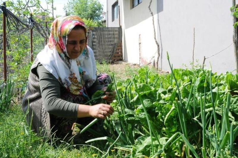 700 yıllık köyün ilk kadın muhtarı