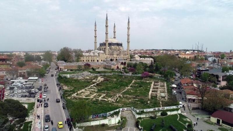 Edirne'de, Selimiye Camii önündeki 'Yeşim Kapanı Hanı' krizi çözüldü