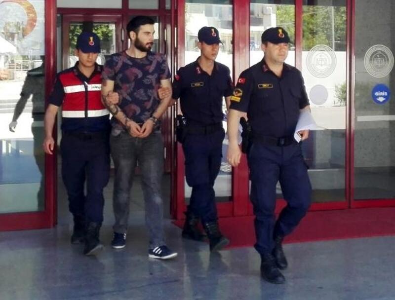 Suçüstü yakalanan uyuşturucu şüphelisi tutuklandı