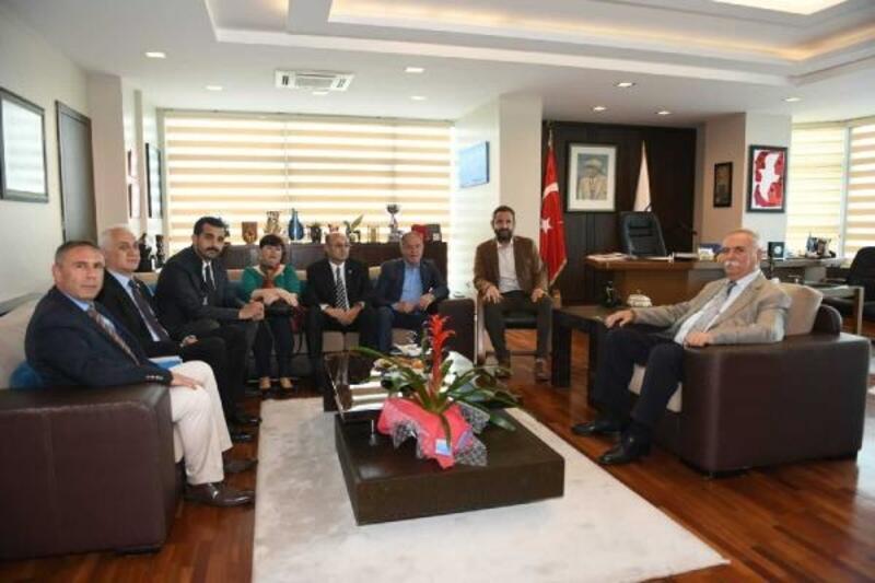 Başkan Gökhan'a, tebrik ziyaretleri sürüyor