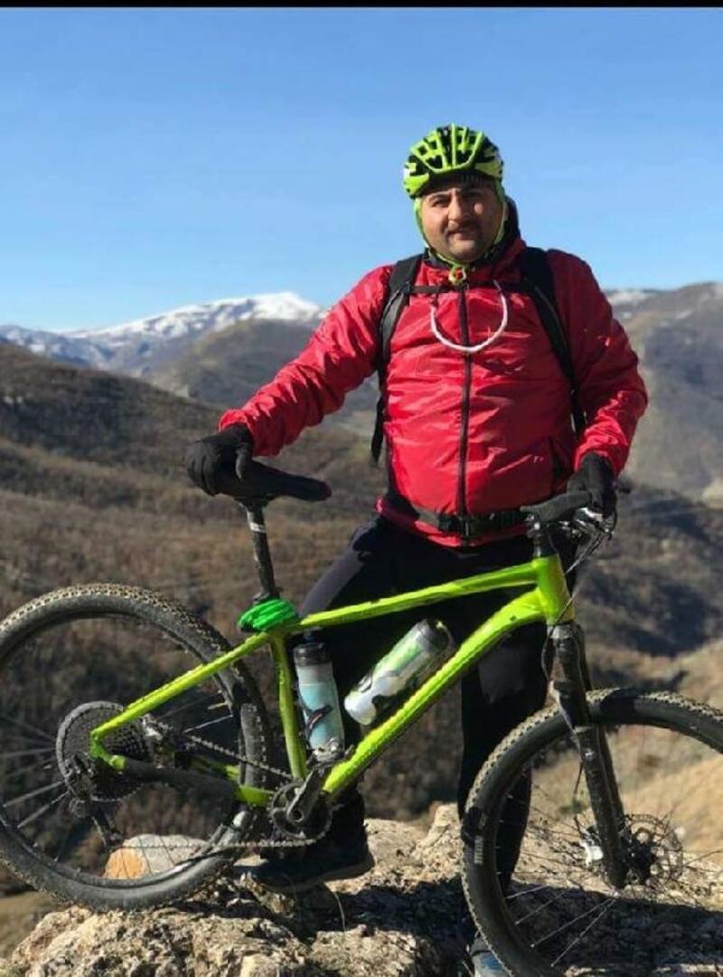 Bisikletiyle istinat duvarından düşen öğretmen, hayatını kaybetti