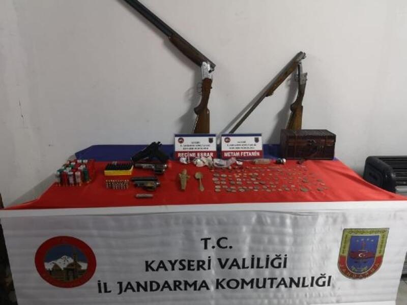 Kayseri'de hırsızlık şüphelisi 4 kişi yakalandı