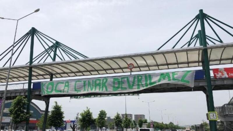 Bursa şehri pankartlarla süslendi, Göztepe maçı kapalı gişe oynanacak