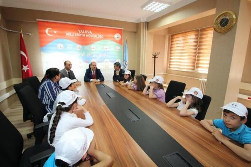 """""""Umut""""lu çocuklardan Müdür Tosun'a ziyaret"""