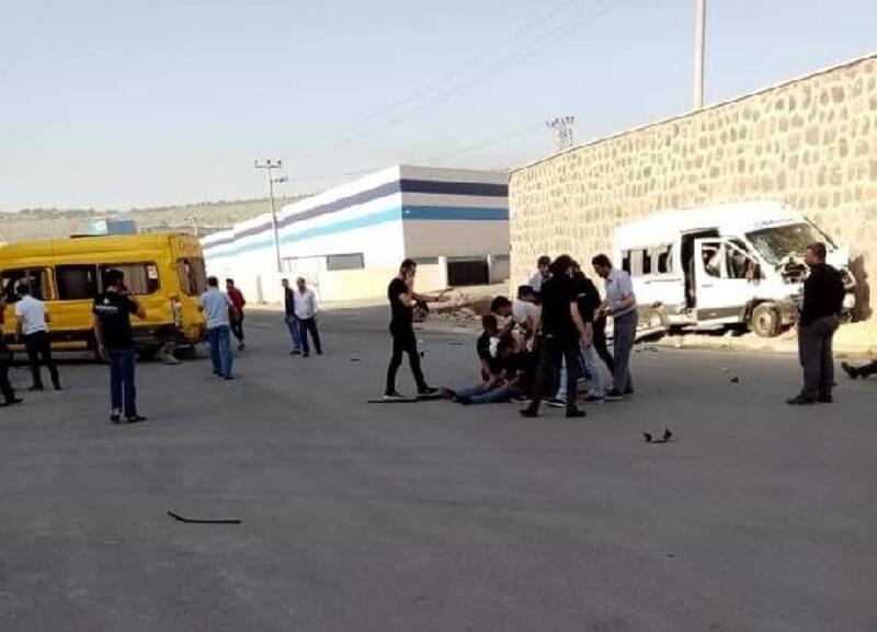 Gaziantep'te işçi servisleri çarpıştı: 9 yaralı