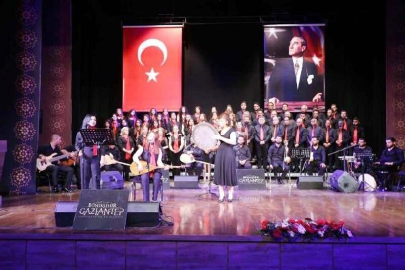 Türk Halk Müziği korosundan konser