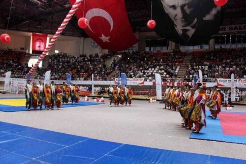Gaziantep'te, 19 Mayıs coşkuyla kutlandı