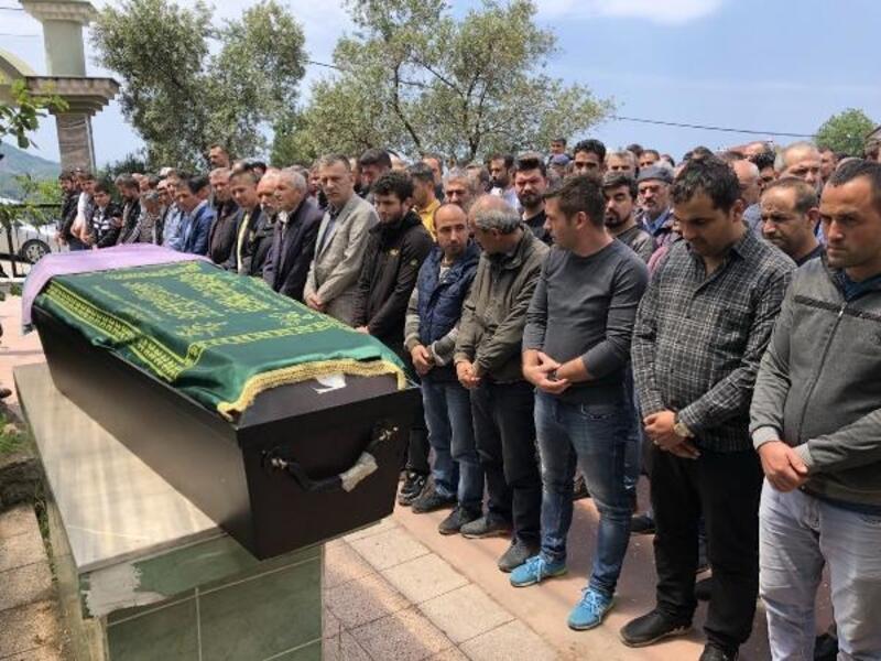 Ardahan'daki taş ocağında ölen işçi, Zonguldak'ta toprağa verildi