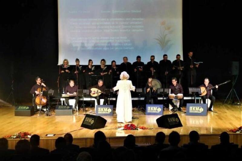 Gaziantep'te, klasik müzik korosu ilahi seslendirdi
