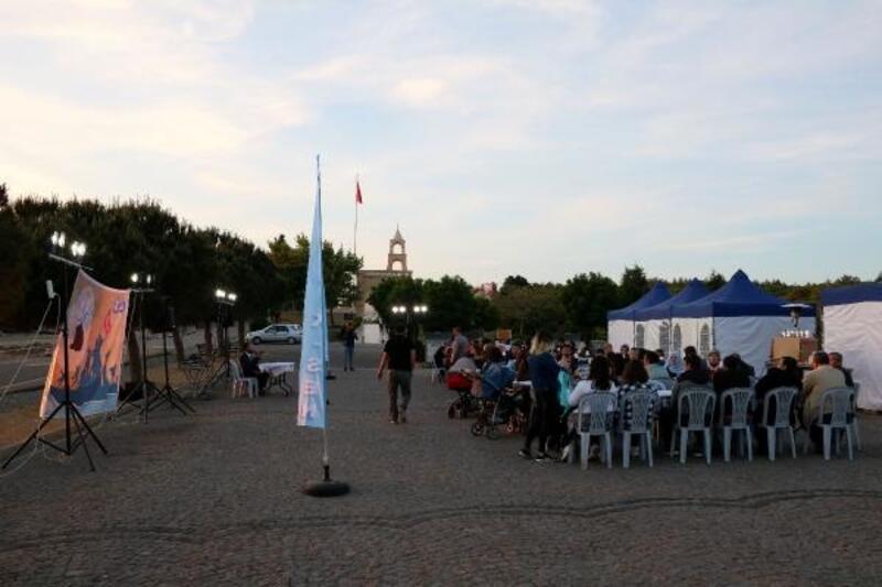 Çanakkale'de 'şehit tıbbiyeliler' anıldı