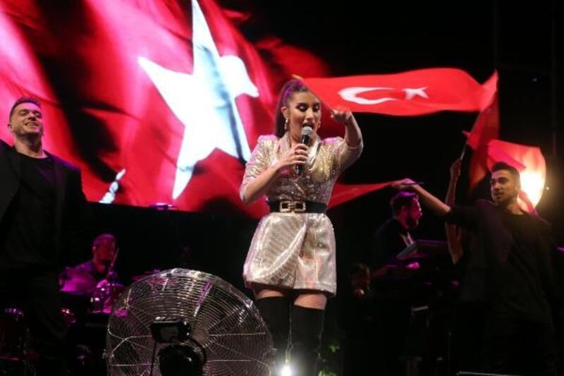 İrem Derici'den 19 Mayıs konseri