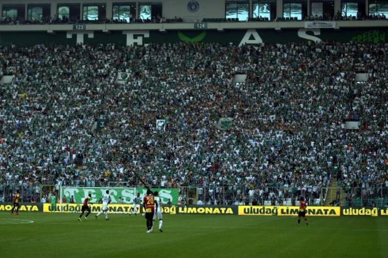 Bursaspor'da seyirci rekoru kırılamadı