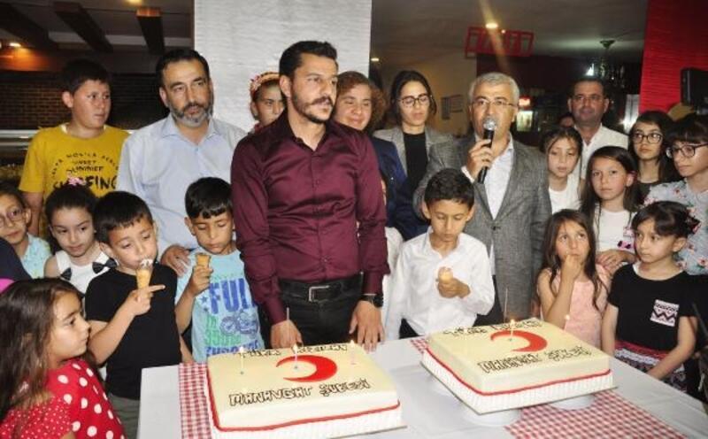 Kızılay'dan yetim çocuklar ve ailelerine iftar