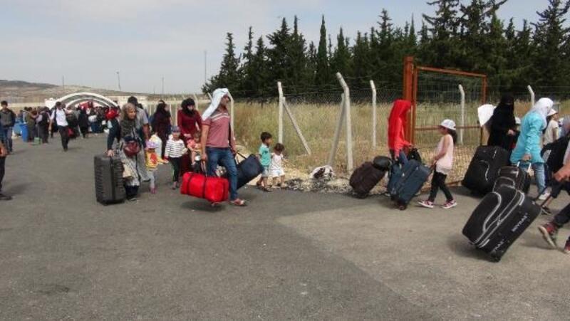 Kilis'te, Suriyelilerin bayram geçişleri sürüyor