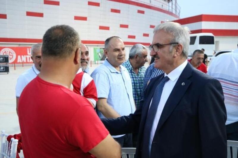 Antalyaspor taraftarı iftarda buluştu