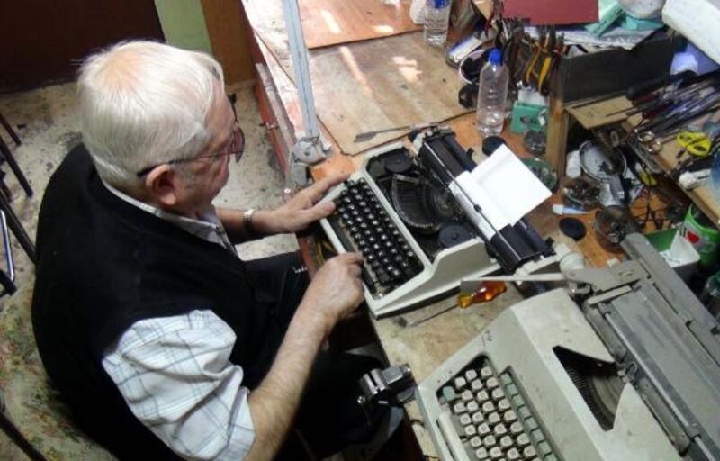 Bursa'nın daktilo tamircisi